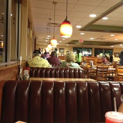 Photo taken at Denny's by Asude on 4/1/2013