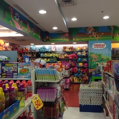 "Photo taken at Toys""Я""Us by Finzaine on 8/9/2014"