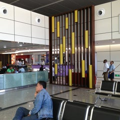 Photo taken at Aeroporto Internacional de Maputo by Thanawat R. on 2/28/2013