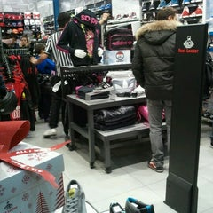 Photo taken at FootLocker by Valentina R. on 12/15/2012