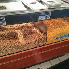 Photo taken at Garrett Popcorn Shops by Francisco G. on 7/18/2013