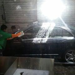 Photo taken at Sherman Oaks Car Wash by TANK on 9/6/2014