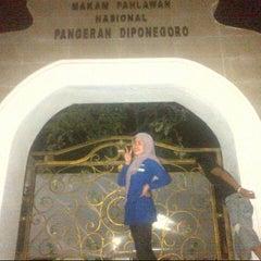 Photo taken at Makam Pangeran Diponegoro by Nunu N. on 11/29/2012