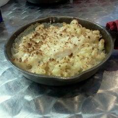 Photo taken at Cheese-ology Macaroni & Cheese by Tara T. on 2/23/2013