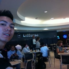 Photo taken at Lufthansa Senator Lounge by Ben L. on 1/13/2013