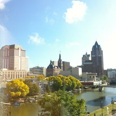 Photo taken at Aloft Milwaukee Downtown by Chiaryn on 10/2/2012