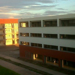 Photo taken at Universidad autonoma de durango (UAD) Lobos by Laury A. on 8/26/2013