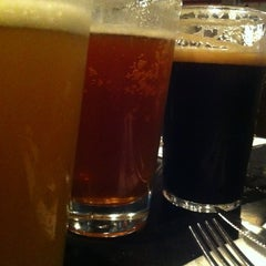 Photo taken at Jem's Beer Factory by Gennadiy on 10/24/2012