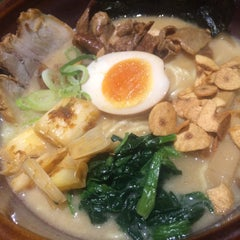 Photo taken at 光麺 六本木店 by ちょぱ on 9/11/2015