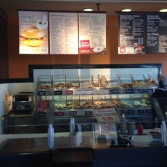 Photo taken at Bruegger's by Y on 10/4/2013