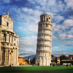 Photo taken at Piazza del Duomo (Piazza dei Miracoli) by Omar R. on 1/21/2014