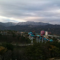Photo taken at 한화리조트/설악 별관 HANWHA RESORTS by pilkoo L. on 11/30/2012
