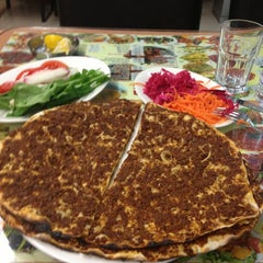 Photo taken at Bahçelievler Kebap Salonu by Erhan O. on 3/12/2013