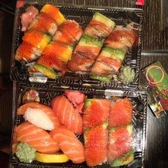 Photo taken at Osaka Sushi Express & Fresh Fruit Drinks by Erik S. on 9/12/2013