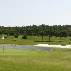 Photo taken at Laranjal Golf - Quinta do Lago by Grégoire B. on 7/13/2013
