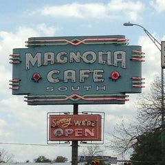 Photo taken at Magnolia Cafe South by Joel A. on 3/30/2013