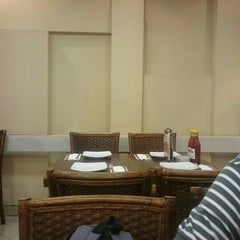 Photo taken at Pizza Hut by Aziz A. on 1/7/2016