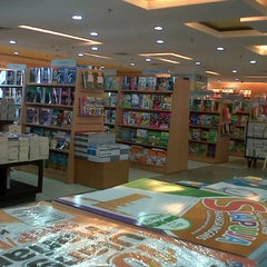 Photo taken at Gramedia by hendri t. on 4/5/2013