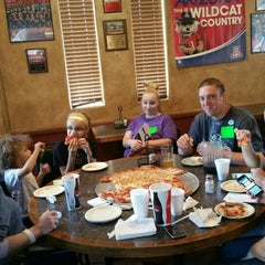 Photo taken at Bianchi's Italian by Roger W. on 5/8/2015