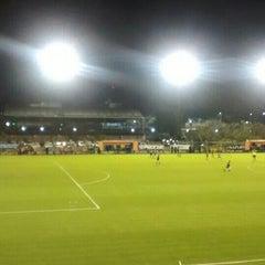 Photo taken at Estadio Don León Kolbowski - Club Atlético Atlanta by Gustavo M. on 10/4/2015