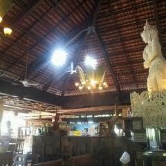 Photo taken at Uma Restaurant by kolich on 9/7/2013
