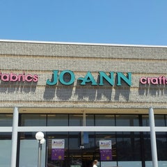 Photo taken at Jo-Ann Fabric and Craft by Truth K. on 6/12/2013