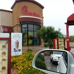 Photo taken at Chick-fil-A by Kris B. on 8/6/2013