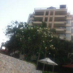 Photo taken at Garden Cliff Resort and Spa by Serhat on 1/1/2013