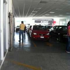 Photo taken at Volkswagen Potosina by Anabel on 4/1/2013