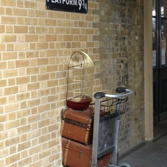 Photo taken at Platform 9¾ by Natalia T. on 6/25/2013