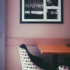 Photo taken at Costa Coffee by Hardik G. on 12/12/2015