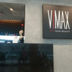 Photo taken at Vimax Art Hair Beauty by Italo S. on 12/4/2012