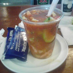 Photo taken at Mariscos La Cacho by Angel A. on 5/17/2013