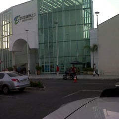 Photo taken at Boulevard Shopping Campos by Marcelo S. on 10/25/2012