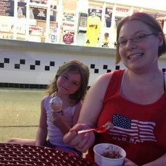 Photo taken at Doozle's Ice Cream by Patrick M. on 5/15/2013