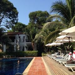 Photo taken at Duanjai Resort by Kazz H. on 3/9/2014