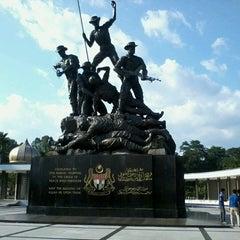 Photo taken at National Monument (Tugu Negara) by Syakir R. on 3/4/2013