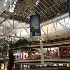 Photo taken at Shopping Campo Grande by Rodrigo P. on 11/6/2012