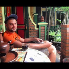 Photo taken at Kampoeng djawa by Андриан on 11/6/2012