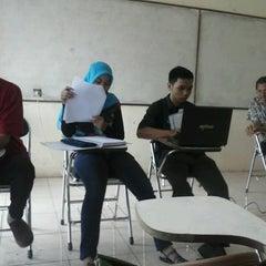 Photo taken at Fakultas Ekonomi by Vera F. on 2/23/2013