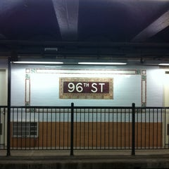 Photo taken at MTA Subway - 96th St (1/2/3) by James C. on 12/26/2010
