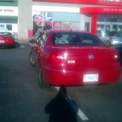 Photo taken at Shoppers Drug Mart by Acru F. on 10/13/2012