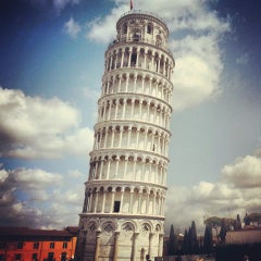 Photo taken at Torre di Pisa by Kar Mun C. on 4/3/2013