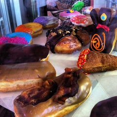 Photo taken at Voodoo Doughnut Too by Lauren on 9/15/2012