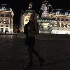 Photo taken at Cours Du Médoc by Julia on 5/6/2015