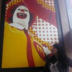Photo taken at McDonald's by jenengku d. on 11/10/2012