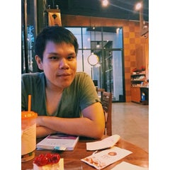 Photo taken at Wawee Coffee (กาแฟวาวี) by Arty K. on 4/26/2015