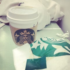 Photo taken at Starbucks by Moses on 4/25/2013