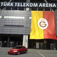 Photo taken at Galatasaray Universitesi Kara Kantin by Alpege A. on 7/17/2013