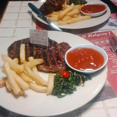 Photo taken at SteakHotel by Holycow! by Yoris K. on 7/20/2015
